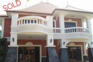 3 bedroom House in Pattaya - Talo - Pattaya South - Soi Khopai