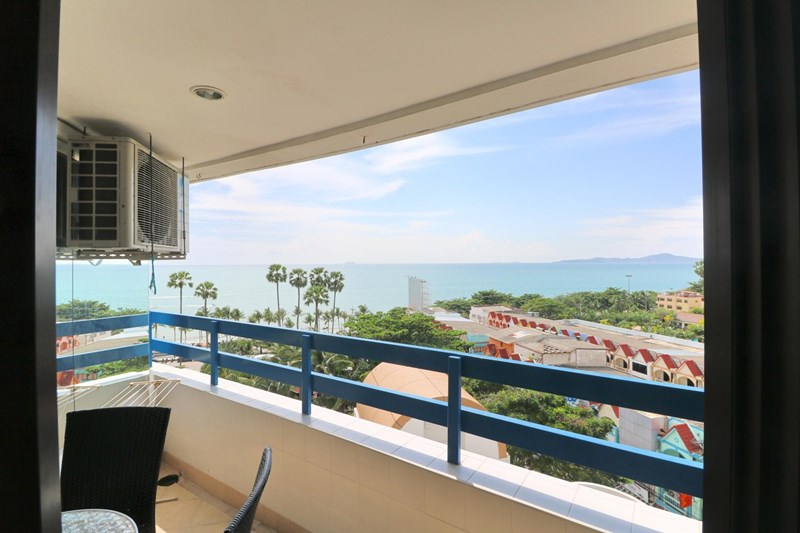 Spacious apartmetn, in the heart of Jomtien - Condominium -  - Jomtien